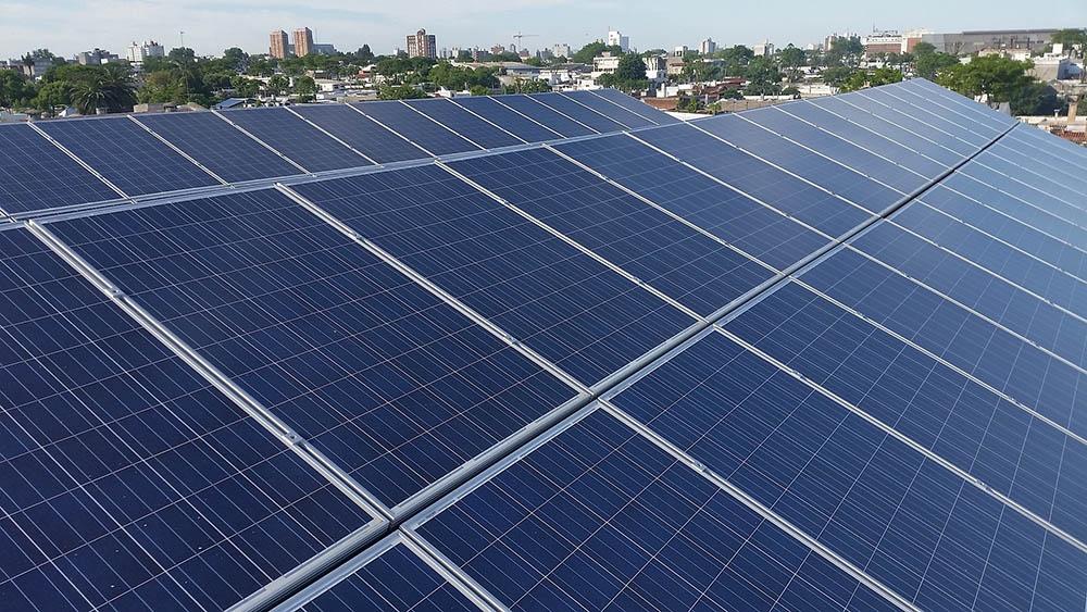 csatlakoztassa a napelemeket a hálózathoz